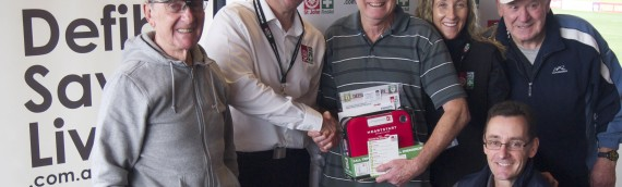 Club receives defibrillator